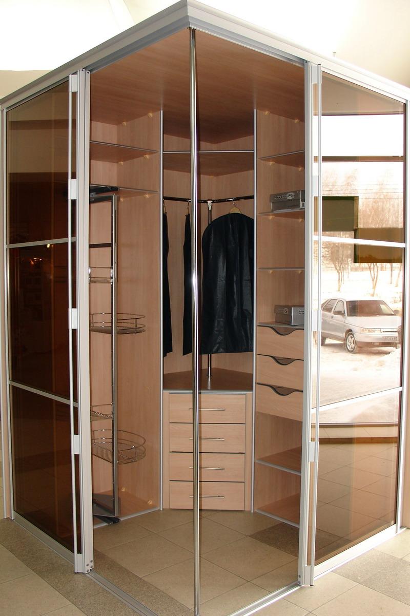 Шкаф-купе первая фабрика мебели.