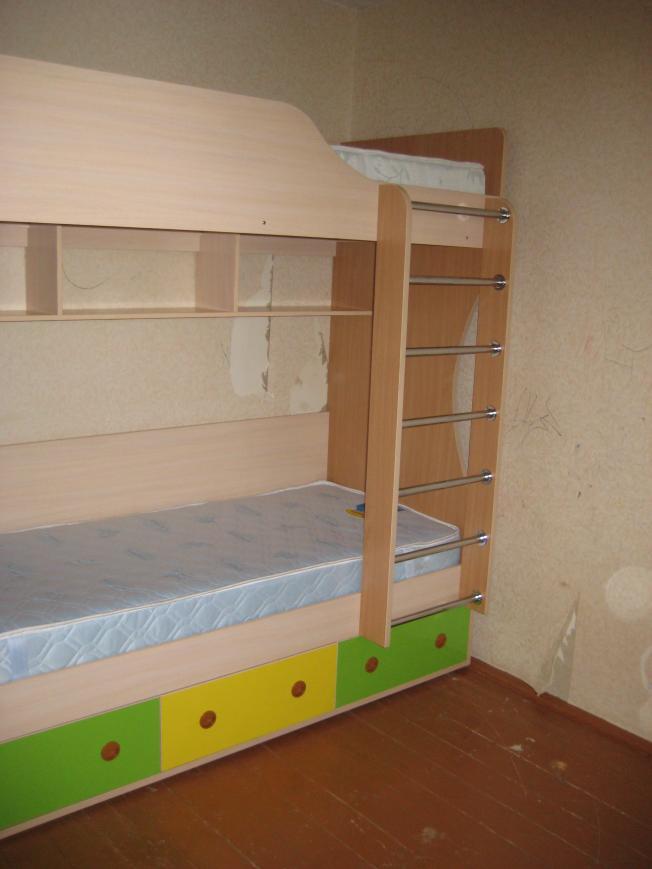 детская комната прямоугольная,  дизайн детской комнаты с балконом,  квадратный метр детская комната,  детские комнаты для мальчиков купить,  шикарные детские комнаты,  детская комната красная,